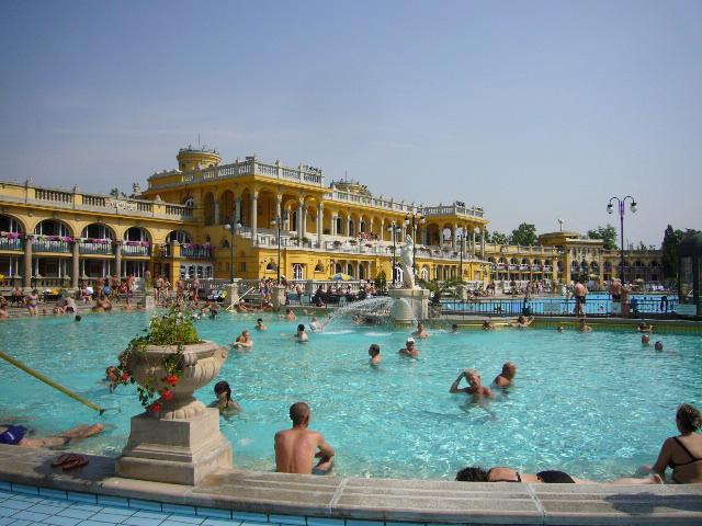ハンガリー温泉 ハンガリーレストラン/ハンガリーについて 自由が丘のランチやディナーに最適 ハン